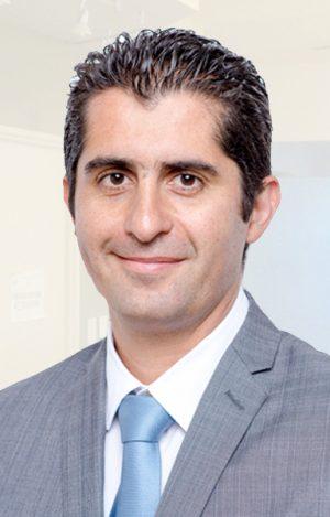 doctor-Mauricio-Eugenin-ortopedista-clinica-ortopedica-02