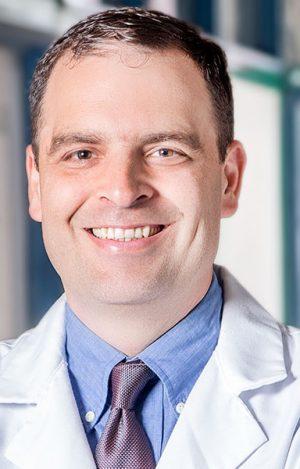 doctor-oscar-castro-ortopedista-clinica-ortopedica-02