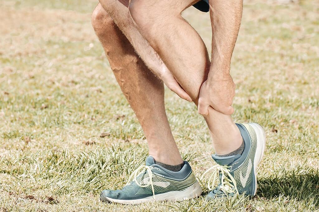 Cómo tratar una fractura de tobillo en adultos mayores